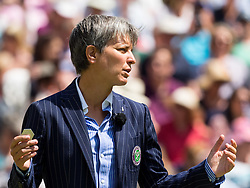 LONDON, ENGLAND - Thursday, July 7, 2016:  Umpire at the start of the Ladies' Singles - Semi-finals match on day eleven of the Wimbledon Lawn Tennis Championships at the All England Lawn Tennis and Croquet Club. (Pic by Kirsten Holst/Propaganda)
