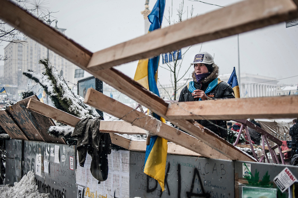 Barricade, place de l'indépendance à Kiev, Ukraine, le 9 décembre 2013.