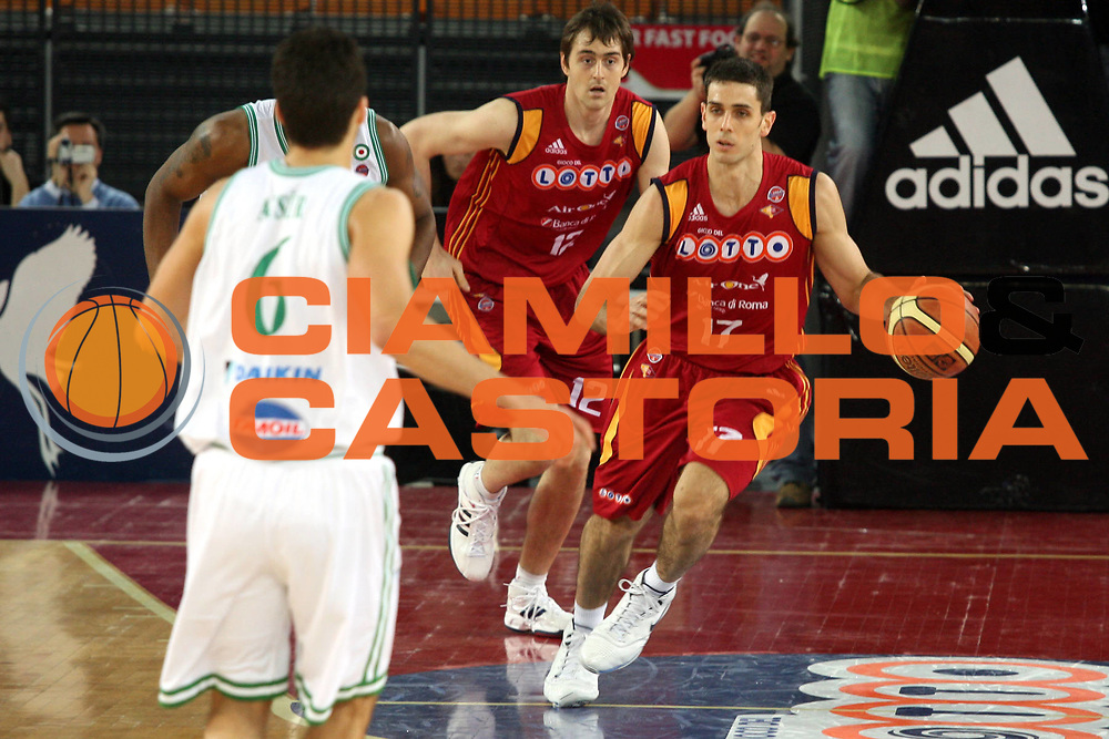 DESCRIZIONE : Roma Lega A1 2007-08 Lottomatica Virtus Roma Benetton Treviso<br />GIOCATORE : Rodrigo De La Fuente<br />SQUADRA : Lottomatica Virtus Roma <br />EVENTO : Campionato Lega A1 2007-2008<br />GARA : Lottomatica Virtus Roma Benetton Treviso<br />DATA : 02/03/2008<br />CATEGORIA : Palleggio<br />SPORT : Pallacanestro<br />AUTORE : Agenzia Ciamillo-Castoria/G.Ciamillo