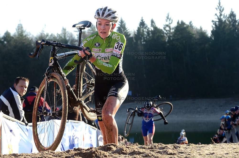 12-01-2014 WIELRENNEN: STANNAH NK CYCLOCROSS: GASSELTE<br /> Sophie de Boer wordt tweede op het NK<br /> ©2014-FotoHoogendoorn.nl