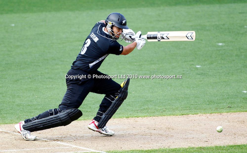 Blackcaps batsman Ross Taylor. 4th one day international. New Zealand Black Caps versus Australia one day Chappell Hadlee cricket series. Eden Park, Auckland, New Zealand. Thursday 11 March 2010. Photo: Simon Watts/PHOTOSPORT