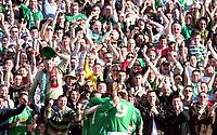 Photo: Paul Thomas.<br /> Republic of Ireland v Wales. European Championships 2008 Qualifying. 24/03/2007.<br /> <br /> Goal scorer Stephen Ireland and Ireland celebrate in-front of the Irish Fans.