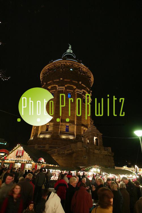 Mannheim. Weihnachtsmarkt 2003<br /> Bild: Markus Pro&szlig;witz <br /> Bilder auch online abrufbar - Neue-/ und Archivbilder. www.masterpress.org