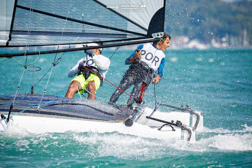 PortugalSirena SL16OpenCrewPORMF11MiguelFerreira<br />PortugalSirena SL16OpenHelmPORRR7RuiRibeiro<br /><br />Day4, 2015 Youth Sailing World Championships,<br />Langkawi, Malaysia