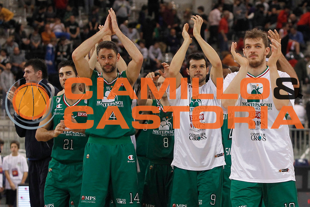 DESCRIZIONE : Torino Coppa Italia Final Eight 2012 Quarto di Finale Montepaschi Siena Banco di Sardegna Sassari<br /> GIOCATORE : Tomas Ress Marco Carraretto Luca Lechthaler<br /> SQUADRA : Montepaschi Siena<br /> EVENTO : Suisse Gas Basket Coppa Italia Final Eight 2012<br /> GARA : Montepaschi Siena Banco di Sardegna Sassari<br /> DATA : 16/02/2012<br /> CATEGORIA : esultanza<br /> SPORT : Pallacanestro<br /> AUTORE : Agenzia Ciamillo-Castoria/P.Lazzeroni<br /> Galleria : Final Eight Coppa Italia 2012<br /> Fotonotizia : Torino Coppa Italia Final Eight 2012 Quarto di Finale Montepaschi Siena Banco di Sardegna Sassari<br /> Predefinita :