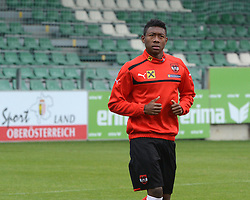 12.11.2012, Waldstadion, Pasching, AUT, Testspiel, Oesterreich vs Elfenbeinkueste, Training OeFB Team, im Bild David Alaba // during practice session of OeFB team Austria before the international friendly match between Austria and Ivory Coast at the Waldstadion, Pasching, Austria on 2012/11/12. EXPA Pictures © 2012, PhotoCredit: EXPA/ Reinhard Eisenbauer