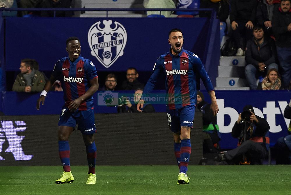 صور مباراة : ليفانتي - برشلونة 2-1 ( 10-01-2019 ) 20190110-zaa-n230-384