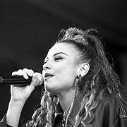 NLD/Huizen/19940603 - Huizpop 1994, optreden 2 Unlimited, Anita Doth