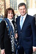 Uitvoering van de Matthaus Passion in de Grote Kerk, Naarden  op Goede Vrijdag .<br /> <br /> Op de foto:  Jan Peter Balkenende en partner Bianca Hoogendijk