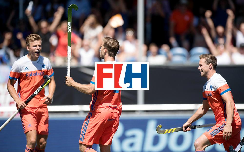 BREDA - Rabobank Hockey Champions Trophy<br /> 3rd/4th place The Netherlands - Argentina<br /> Photo: Thijs van Dam, Jeroen Hertzberger and Roel Bovendeert celebrate the 1-0.<br /> COPYRIGHT WORLDSPORTPICS FRANK UIJLENBROEK