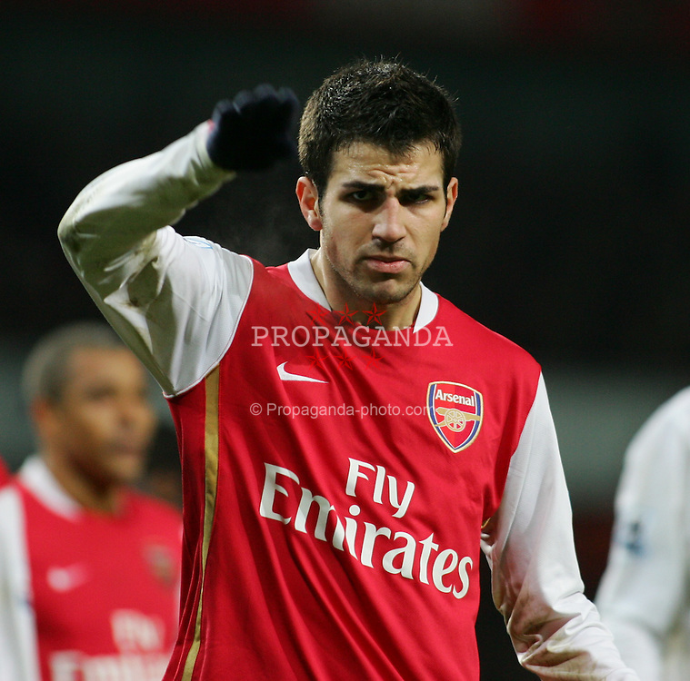 LONDON, ENGLAND - Wednesday, January 31, 2007: Arsenal's Cesc Fabregas in action against Tottenham Hotspur during the Football League Cup Semi-Final 2nd Leg at the Emirates Stadium. (Pic by Chris Ratcliffe/Propaganda)