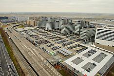 Verkeerstoren interieur en uitzicht op Schiphol
