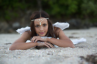 beach beauties fashion portraits at rings beach on the coromandel makeup and styling by nzmakeupgirl using blaccosmetics coromandel photographer felicity jean photography