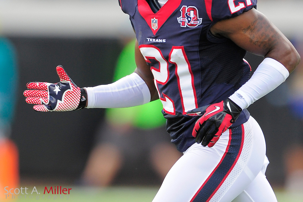 Close up of Houston Texans defensive back Brice McCain (21) wearing Nike gloves during the NFL game between the Texans and the Jacksonville Jaguars, at EverBank Field on September 16, 2012 in Jacksonville, Florida. The Texans won 27-7...©2012 Scott A. Miller.
