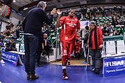 DESCRIZIONE : Campionato 2014/15 Dinamo Banco di Sardegna Sassari - Giorgio Tesi Group Pistoia<br /> GIOCATORE : Langson Hall<br /> CATEGORIA : Before<br /> SQUADRA : Giorgio Tesi Group Pistoia<br /> EVENTO : LegaBasket Serie A Beko 2014/2015<br /> GARA : Dinamo Banco di Sardegna Sassari - Giorgio Tesi Group Pistoia<br /> DATA : 01/02/2015<br /> SPORT : Pallacanestro <br /> AUTORE : Agenzia Ciamillo-Castoria / Luigi Canu<br /> Galleria : LegaBasket Serie A Beko 2014/2015<br /> Fotonotizia : Campionato 2014/15 Dinamo Banco di Sardegna Sassari - Giorgio Tesi Group Pistoia<br /> Predefinita :