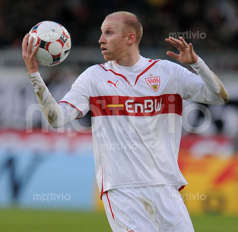 Fussball 1. Bundesliga :  Saison   2009/2010   15. Spieltag   05.12.2009 VfB Stuttgart - VfL Bochum  Ludovic Magnin (VfB) mit Ball