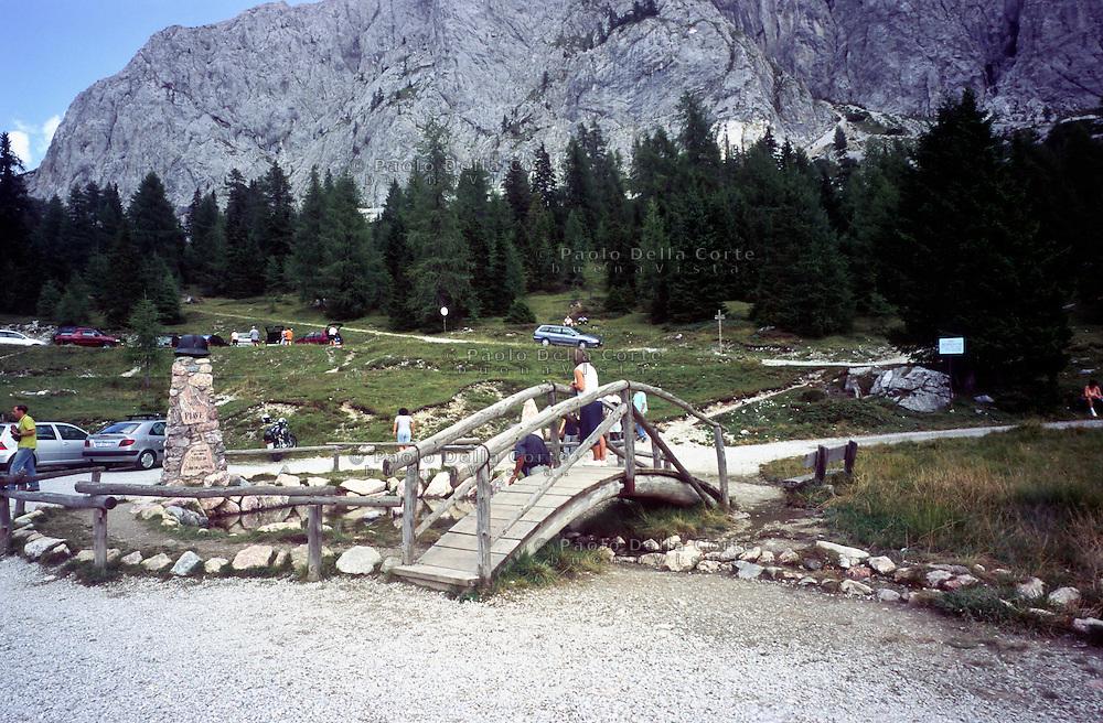 l fiume Piave nasce nella Val Sesis, alle pendici del monte Peralba. Nelle foto le sorg