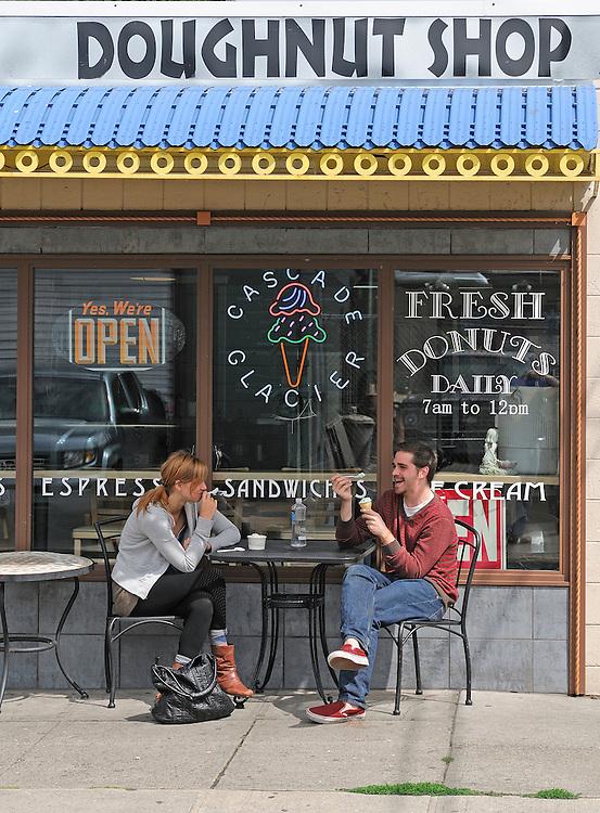 Doughnut Shop, Alberta Street, Portland, Oregon, USA