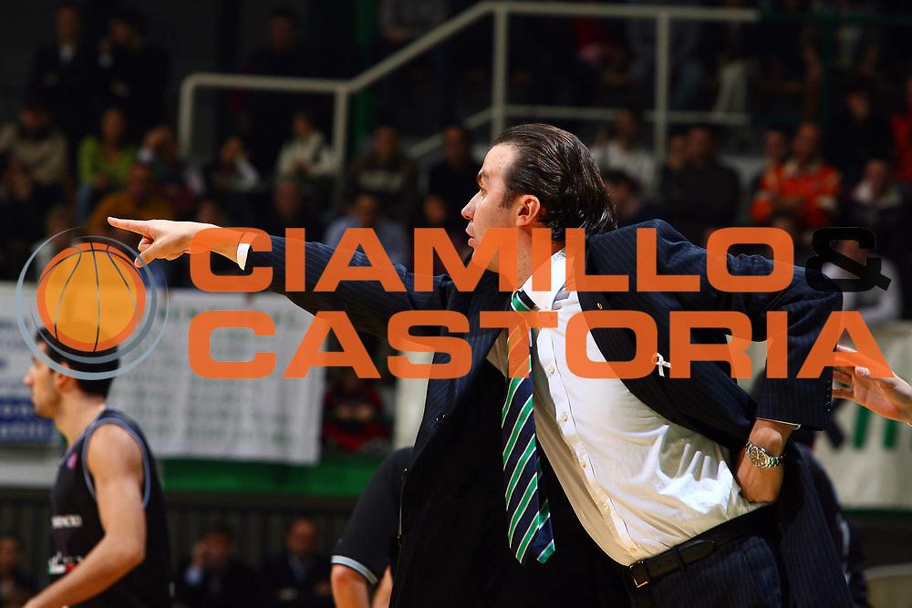 DESCRIZIONE : Siena Lega A1 2006-07 Montepaschi Siena Vidivici Virtus Bologna<br /> GIOCATORE : Pianigiani<br /> SQUADRA : Montepaschi Mens Sana Siena<br /> EVENTO : Campionato Lega A1 2006-2007 <br /> GARA : Montepaschi Siena Vidivici Virtus Bologna<br /> DATA : 25/11/2006 <br /> CATEGORIA : <br /> SPORT : Pallacanestro <br /> AUTORE : Agenzia Ciamillo-Castoria/E.Castoria