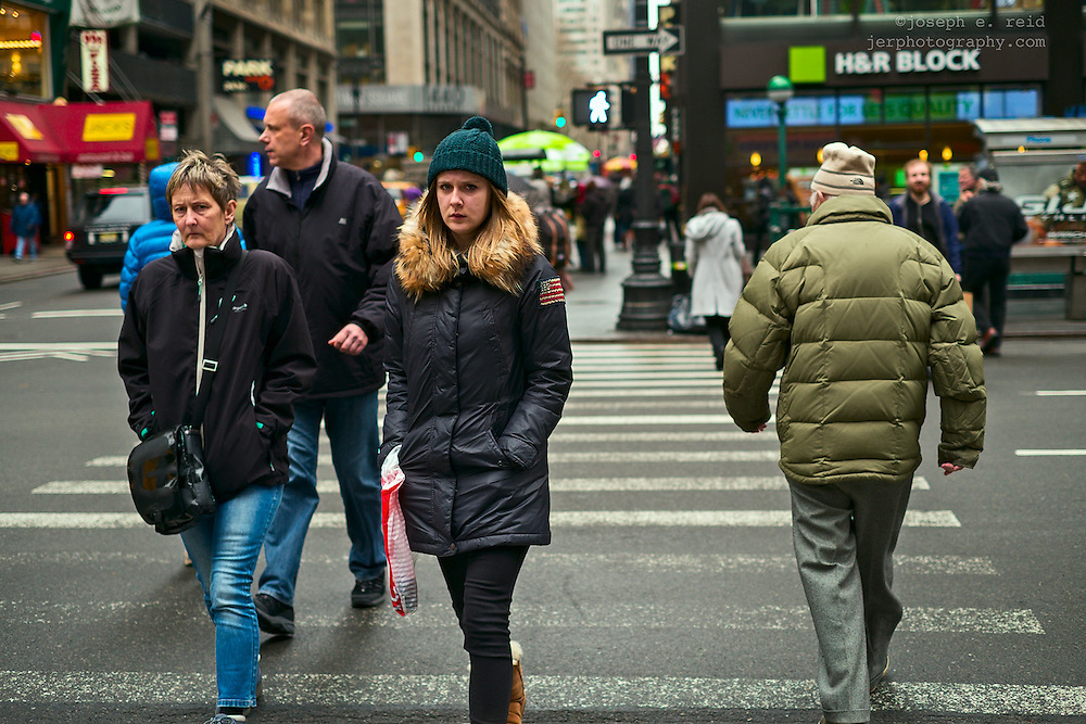 People crossing 7th Avenue, New York, NY, US