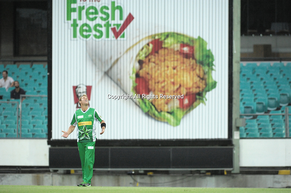 27.12.2011 Sydney, Australia.Melbourne Stars bowler Shane Warne  in action during the KFC T20 Big Bash League game between the Sydney Sixers  and the Melbourne Stars at the Sydney Cricket Ground.