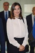 092418 Queen Letizia Attends 'V De Vida' AECC Awards 2018
