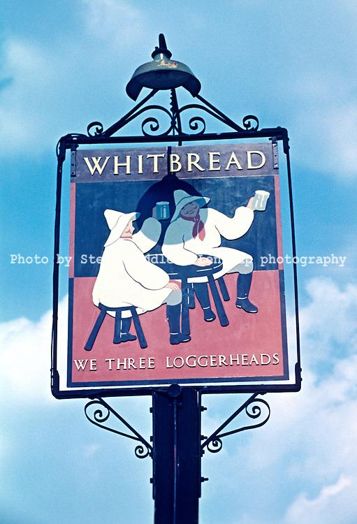 Pub Signs, We Three Loggerheads, Tonbridge, Kent, Britain