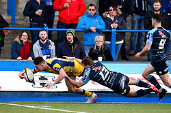Josh Adams of Worcester Warriors scores his second try of the game - Mandatory by-line: Dougie Allward/JMP - 04/02/2017 - RUGBY - BT Sport Cardiff Arms Park - Cardiff, Wales - Cardiff Blues v Worcester Warriors - Anglo Welsh Cup