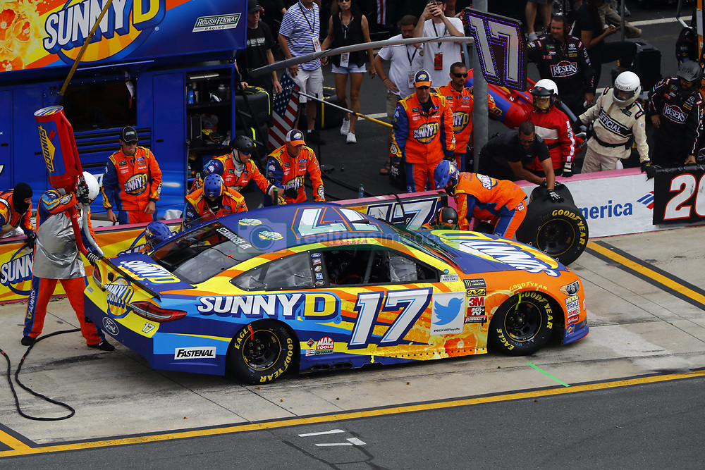 September 30, 2018 - Concord, North Carolina, United States of America - Ricky Stenhouse, Jr (17) brings his car down pit road for service during the Bank of America ROVAL 400 at Charlotte Motor Speedway in Concord, North Carolina. (Credit Image: © Chris Owens Asp Inc/ASP via ZUMA Wire)