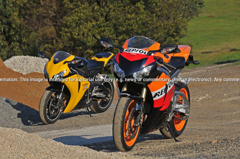 2009 Repsol Honda CBR1000 RR & 09 Honda 09 Repsol CBR 1000 Fireblade 01.Upper Plenty, Victoria, Australia.24th of October 2009.(C) Joel Strickland Photographics.Use information: This image is intended for Editorial use only (e.g. news or commentary, print or electronic). Any commercial or promotional use requires additional clearance.