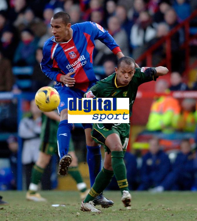 Photo: Daniel Hambury.<br />Crystal Palace v Norwich City. Coca Cola Championship. 25/02/2006.<br />Palace's Fitz Hall (L) and Norwich's Robert Earnshaw battle.
