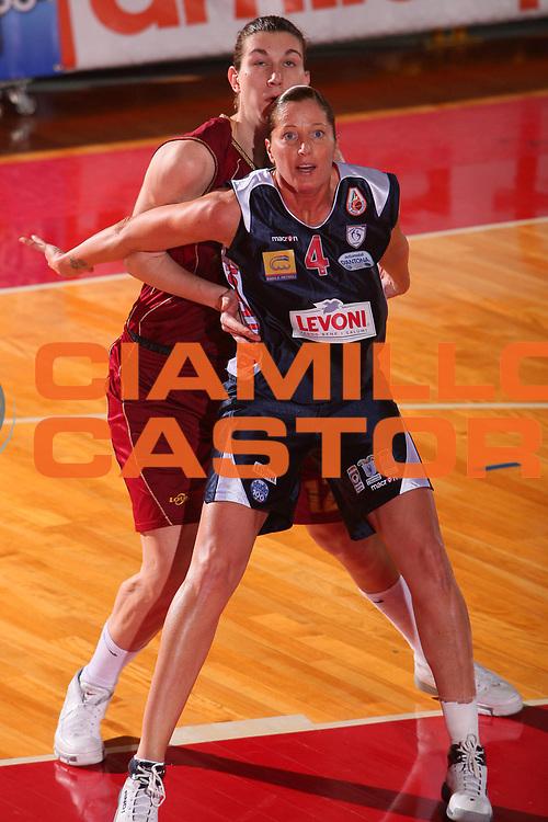 DESCRIZIONE : Schio Lega A1 Femminile 2007-08 Coppa Italia Finale Levoni Taranto Umana Venezia <br /> GIOCATORE : Balleggi <br /> SQUADRA : Levoni Taranto <br /> EVENTO : Campionato Lega A1 Femminile 2007-2008 <br /> GARA : Levoni Taranto Umana Venezia <br /> DATA : 16/03/2008 <br /> CATEGORIA : Rimbalzo <br /> SPORT : Pallacanestro <br /> AUTORE : Agenzia Ciamillo-Castoria/S.Silvestri