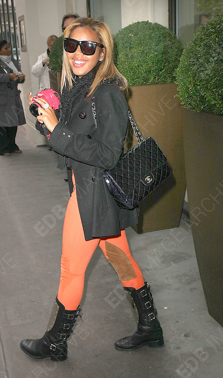 28.JANUARY.2011. LONDON<br /> <br /> RUSSELL SIMMONS NIECE ANGELA SIMMONS AT THE PASTRY LAUNCH PARTY AT THE AURA NIGHTCLUB IN LONDON LATER IN THE EVENING ANGELA ATTENDED THE MTV STAYING ALIVE FUNDRAISER AT THE WESTBERRY HOTEL IN LONDON<br /> <br /> BYLINE: EDBIMAGEARCHIVE.COM<br /> <br /> *THIS IMAGE IS STRICTLY FOR UK NEWSPAPERS AND MAGAZINES ONLY*<br /> *FOR WORLD WIDE SALES AND WEB USE PLEASE CONTACT EDBIMAGEARCHIVE - 0208 954 5968*