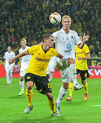 27.08.2015, Signal Iduna Park, Dortmund, GER, UEFA Euro Qualifikation, Borussia Dortmund vs Odd Grenland, Playoff, Rückspiel, im Bild v. li. im Zweikampf Matthias Ginter (Dortmund) und Vegard Bergan (Odds) // during UEFA Europa League Playoff 2nd Leg match between Borussia Dortmund and Odd Grenland at Signal Iduna Park in Dortmund, Germany on 2015/08/27. EXPA Pictures © 2015, PhotoCredit: EXPA/ Eibner-Pressefoto/ Hommes<br /> <br /> *****ATTENTION - OUT of GER*****