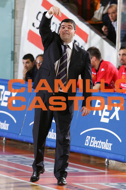 DESCRIZIONE : Udine Lega A1 2005-06 Snaidero Udine Angelico Biella <br /> GIOCATORE : Ramagli <br /> SQUADRA : Angelico Biella <br /> EVENTO : Campionato Lega A1 2005-2006 <br /> GARA : Snaidero Udine Angelico Biella <br /> DATA : 15/04/2006 <br /> CATEGORIA : Ritratto <br /> SPORT : Pallacanestro <br /> AUTORE : Agenzia Ciamillo-Castoria/S.Silvestri