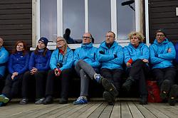 05-07-2014 NED: Iceland Diabetes Challenge dag 1, Landmannalaugar <br /> Vandaag ging de challenge van start. Met een bus gingen we van Vogar naar Landmannalaugar en zagen we de eerste tekenen van het prachtige landschap van IJsland / Anne-Marie, Andre, Marion, Annet, Bas H., Sandra, Wim