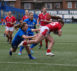 February 2, 2020, Cardiff, United Kingdom: Kayleigh Powell (Wales) seen in action during the women's Six Nations Rugby between wales and Italy at Cardiff Arms Park in Cardiff. (Credit Image: © Graham Glendinning/SOPA Images via ZUMA Wire)