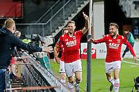 ALKMAAR - 27-08-15, Europa League,  2e voorronde,  AZ  - Astra GiurGiu, AFAS Stadion, 2-0, AZ speler Robert Muhren (m) juicht nadat hij de 2-0 heeft gescoord, AZ speler Muamer Tankovic (r), juichen.
