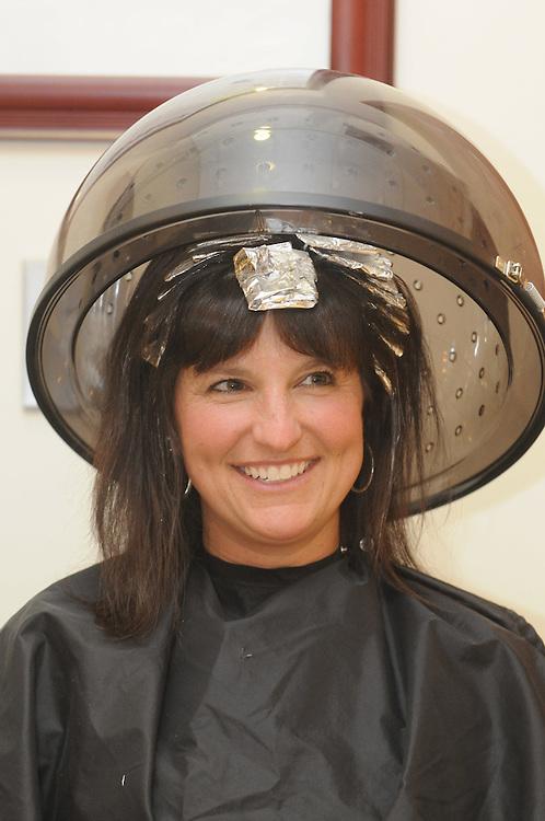 Mom Makeover of Leslie Szalai, Avon, 41, for Cleveland Magazone