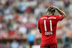 04.08.2015, Allianz Arena, Muenchen, GER, AUDI CUP, FC Bayern Muenchen vs AC Mailand, im Bild Douglas Costa (FC Bayern Muenchen #11) fasst sich an den Kopf // during the 2015 AUDI Cup Match between FC Bayern Muenchen and AC Mailand at the Allianz Arena in Muenchen, Germany on 2015/08/04. EXPA Pictures © 2015, PhotoCredit: EXPA/ Eibner-Pressefoto/ Schüler<br /> <br /> *****ATTENTION - OUT of GER*****