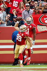SANTA CLARA, CA - NOVEMBER 06: Tight end Vance McDonald #89 of the San Francisco 49ers celebrates after scoring a touchdown against the New Orleans Saints during the second quarter at Levi's Stadium on November 6, 2016 in Santa Clara, California.  (Photo by Jason O. Watson/Getty Images) *** Local Caption *** Vance McDonald