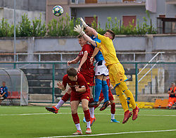 NAPLES, ITALY - Tuesday, September 17, 2019: Liverpool's Morgan Boyes and Leighton Clarkson challenge SSC Napoli's goalkeeper Hubert Dawid Idasiak during the UEFA Youth League Group E match between SSC Napoli and Liverpool FC at Stadio Comunale di Frattamaggiore. (Pic by David Rawcliffe/Propaganda)