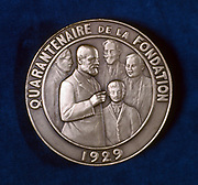 Edgar Berillon (1854-1948), French psychologist, c1929. Reverse of a medal struck to commemorate the 40th anniversary of Berillon's (1854-1948) foundation of the Ecole de Psychologie et Societe de Psychotherapie in 1889, showing him hypnotising a young pa