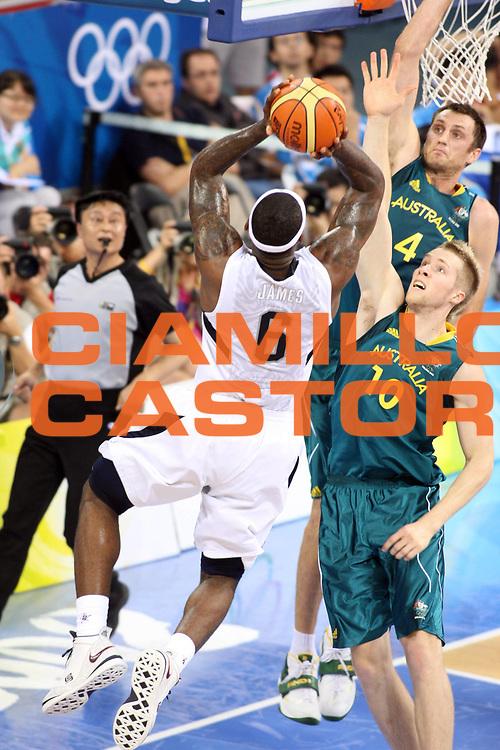 DESCRIZIONE : Beijing Pechino Olympic Games Olimpiadi 2008 Men Quarter Final Quarti di finale USA Australia<br /> GIOCATORE : LeBron JAMES <br /> SQUADRA : USA<br /> EVENTO : Olympic Games Olimpiadi 2008<br /> GARA : USA Australia <br /> DATA : 20/08/2008 <br /> CATEGORIA : Tiro<br /> SPORT : Pallacanestro <br /> AUTORE : Agenzia Ciamillo-Castoria/G.Ciamillo<br /> Galleria : Beijing Pechino Olympic Games Olimpiadi 2008 <br /> Fotonotizia : Beijing Pechino Olympic Games Olimpiadi 2008 Men Quarter Final Quarti di finale USA Australia<br /> Predefinita :