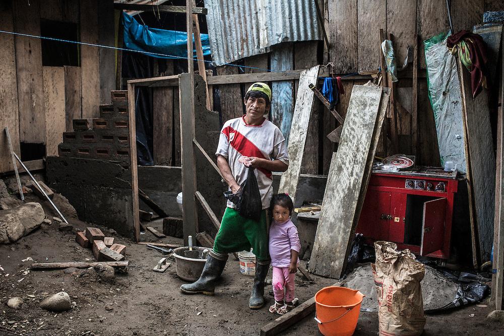 Teodoro Dueñas Lezorbe, 40 years old in the village Unido Mantaro.