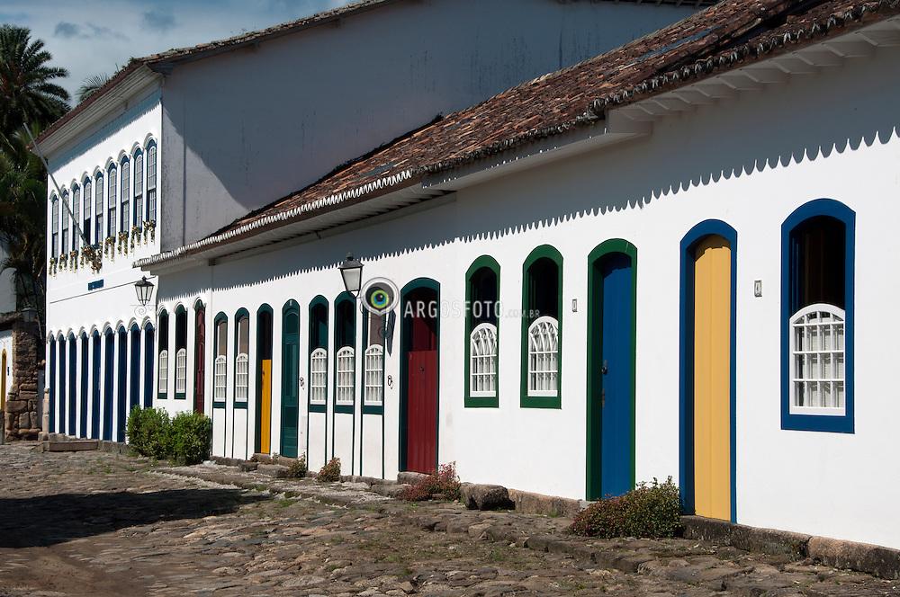 Casario no centro historico de Paraty, Rio de Janeiro./ Houses in the historic center of Paraty. RJ , Brasil - 2011