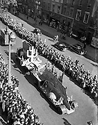 17/03/1955<br /> 03/17/1955<br /> 17 March 1955<br /> St. Patrick's Day Industrial parade in Dublin, run by the N.A.I.D.A.. Evening Press float on Westmoreland Street in the parade.