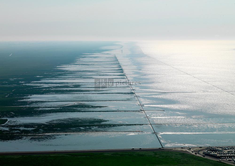 Landaanwinning aan de noordkust van Friesland en Groningen.