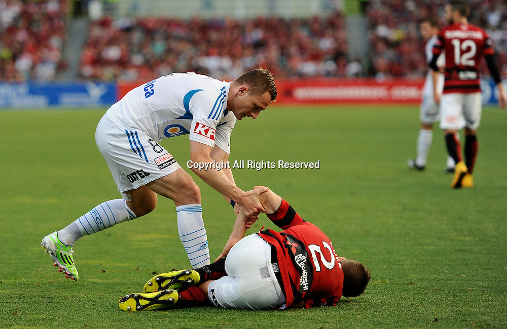 06.01.2015. Sydney, Australia. Hyundai A-League Round 14. Western Sydney Wanderers FC v Melbourne Victory FC. Wanderers defender Shannon Cole and Victory midfielder Besart Berisha.Victory won the game 2-1.