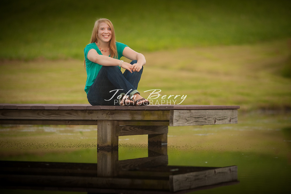 Courtney O'Donnell .Senior Pictures .8/15/09